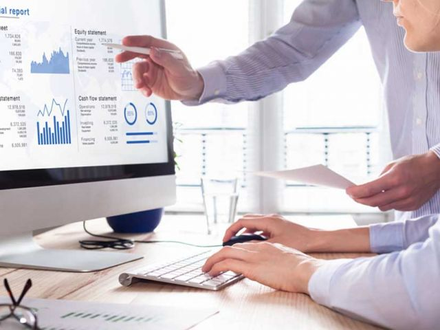tips for a new business to manage their cash flow